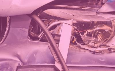 ¿Qué sucede si tengo un accidente con un coche de autoescuela?
