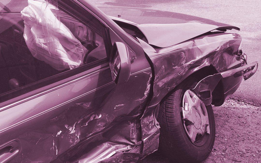 ¿Cuál es el plazo para dar el parte a la aseguradora tras un accidente de tráfico?